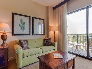 Rooftop Pool~Hot Tub-BBQ/Picnic Areas-Mini-Theater+MORE~New Rental w/ Balcony - Panama City Beach vacation rentals