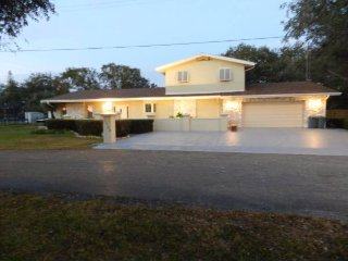 Nice house offering one room with Private Bathroom - Bradenton vacation rentals