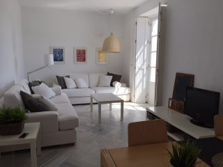 Top floor bright Apartment in an old palace - El Puerto de Santa Maria vacation rentals