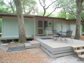 Nice House with Internet Access and A/C - Live Oak vacation rentals