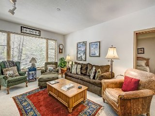 2BR Aspenwood Lodge Condo in Exclusive Gated Community in Arrowhead Village - Edwards vacation rentals