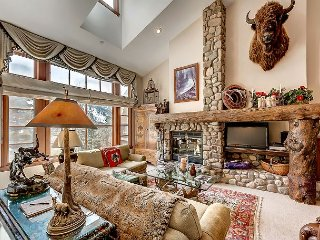 Rustic 3BR + Den Meadows Townhouse In Beaver Creek Village, 180 Yards To Ski - Avon vacation rentals