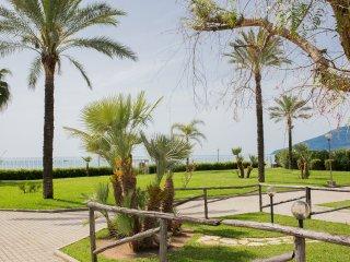 Residence direttamente sul mare 22a - Policastro Bussentino vacation rentals