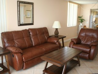 Nice Condo with Internet Access and A/C - New Smyrna Beach vacation rentals