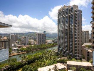 Best Location in Waikiki! 3BR Ocean View Honolulu Condo Walking Distance from the Beach - Honolulu vacation rentals
