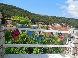 049-04-STO A1(2+2) - Stomorska - Stomorska vacation rentals