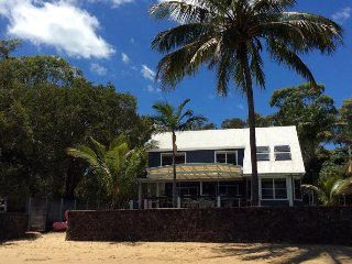 Macleay Island Absolute Beachfront Family Paradise - Brisbane vacation rentals