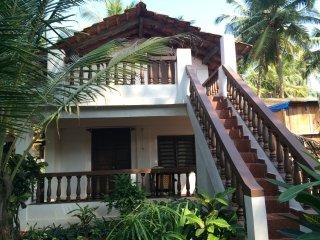 AC Premium room in beach huts on Agonda Room 8 - Agonda vacation rentals