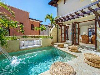 7 bedroom Villa with Internet Access in Playa Prieta - Playa Prieta vacation rentals