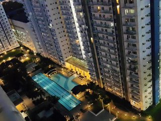 1BR WHOLE FLAT  - Accessible, Safe and Secured - Quezon City vacation rentals