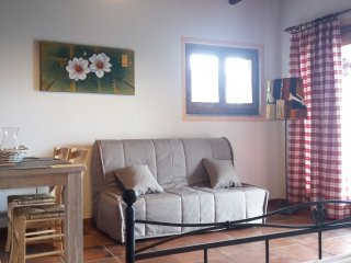 Bright 5 bedroom Sorico House with Internet Access - Sorico vacation rentals
