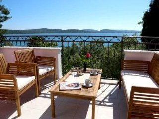 Apartments Villa La Mirage - Glicinia - Pirovac vacation rentals