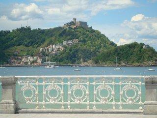 Great downtown apartment walking distance to beaches - San Sebastian - Donostia vacation rentals