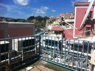 Casavacanze-Borgo dei Pescatori/Monolocale 44mq - Procida vacation rentals