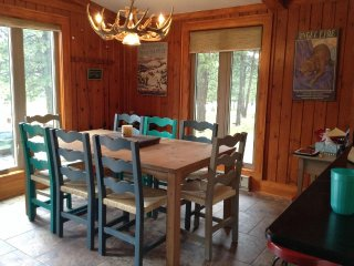 Nice House with Satellite Or Cable TV and Parking - Angel Fire vacation rentals