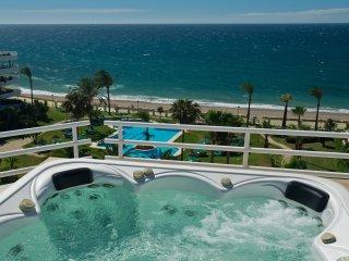 Beautiful 3 bed beachfront penthouse Puerto Banus - Puerto José Banús vacation rentals