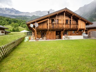 4 bedroom Chalet with Internet Access in Servoz - Servoz vacation rentals
