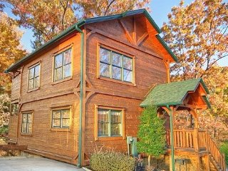 Gatlinburg Rising!  Luxurious 2 Bed/2 Bath cabin centrally located. - Gatlinburg vacation rentals