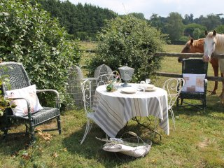 Romantic 1 bedroom Tournan-en-Brie Bed and Breakfast with Internet Access - Tournan-en-Brie vacation rentals