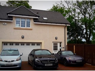 Stunning Central Scotland Studio Apartment - Falkirk vacation rentals