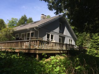 Newly Remodeled, 2 Acres w/200' Private Waterfront - Baileys Harbor vacation rentals