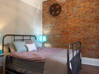 Hamilton Central Downtown Chic 2 Bedroom Home - Hamilton vacation rentals