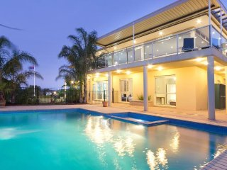 Manna Heights Bed and Breakfast Resort - Dromana vacation rentals