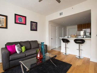 All that Jazz 1 Bedroom Condo - New Orleans vacation rentals