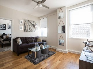 Downtown Ponchartrain Condo - New Orleans vacation rentals
