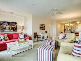 The Treasure Chest. Luxurious condo located right on the beach with breath-taking views!! - Virginia Beach vacation rentals