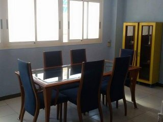 Habitación amplia cerca de playa | Room near beach - Gandia vacation rentals