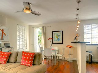 Miami Beach - The Raleigh: pool and private garden ! - Miami Beach vacation rentals