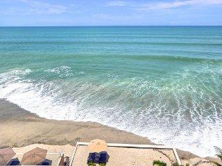 Coronado (Panama) -' Clearwater', a resourcing condo on the beach... - El Palmar vacation rentals