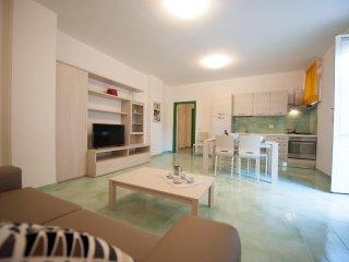 Nice Condo with Internet Access and A/C - Minturno vacation rentals