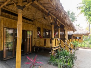 Family Bungalow, Rinjani Beach Eco Resort - Tanjung vacation rentals