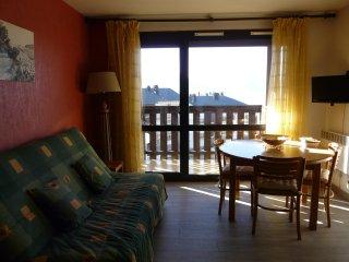 Studio avec vue sur les Pyrénées - Font-Romeu vacation rentals