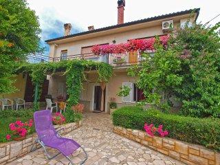 Romantic 1 bedroom Condo in Liznjan - Liznjan vacation rentals