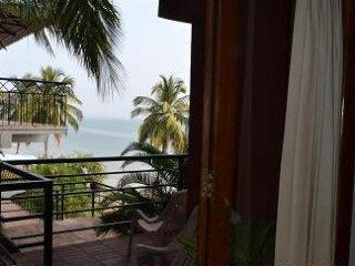 Casa Tropicana - Villa Tidina, Family Suite - Dona Paula vacation rentals