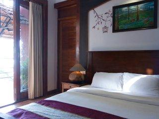 Casa Tropicana - Villa Tidina, R107 - Dona Paula vacation rentals
