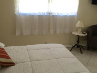 """Studio"" One minute Walk To Beach! Getaway #2 - Pompano Beach vacation rentals"