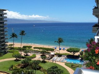 Whaler 923 - 2 Bedroom, 2 Bath Ocean View Condominium*Offering Spring Specials* - Lahaina vacation rentals