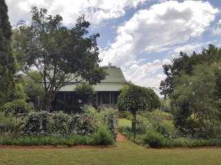 Charming Farmhouse Barn with Internet Access and Wireless Internet - Parys vacation rentals