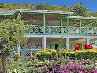 Charming Villa with Internet Access and A/C - Charlestown vacation rentals