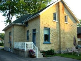 4 bedroom Bed and Breakfast with Internet Access in Stratford - Stratford vacation rentals