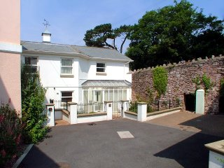 Sunnyhill Mews - Torquay vacation rentals