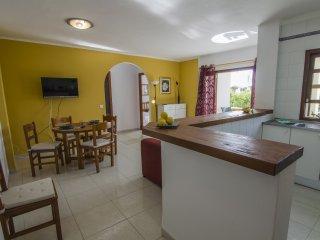 Comfortable apartamento en Cala Ferrera - S' Horta vacation rentals