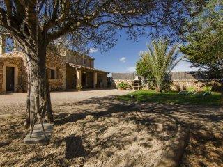 Son Coves, Casa Mallorquina cerca de Es Trenc - Ses Salines vacation rentals