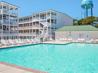 Breezy 2BR Oak Island Condo w/Wifi, Shared Pool Access & Magnificent Ocean Views - Walking Distance to Beaches, Restaurants & Popular Local Attractions! - Oak Island vacation rentals