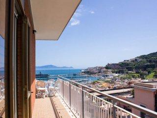 Appartamento panoramico  nuovo a Gaeta centrale - Gaeta vacation rentals