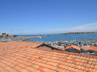Nice Condo with Dishwasher and Short Breaks Allowed - Saint-Jean-de-Luz vacation rentals